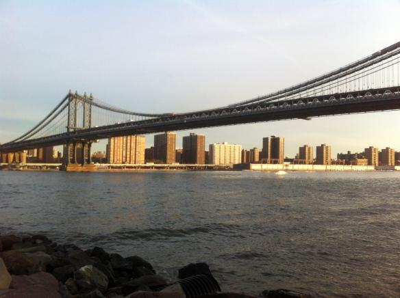 God put the light on Manhattan bridge right on time. 8am!